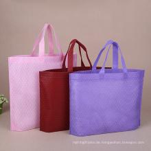 Verschiedene Modelle von leeren Sublimationstaschen