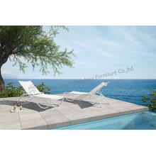 Silla de salón maravillosa blanca de aluminio al aire libre