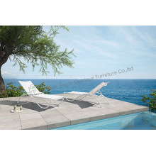 Outdoor Aluminium White wonderful Lounge Chair