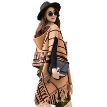 2017 New arrival inverno plain longo padrão listrado mulheres fake cashmere lenços poncho para mulheres com borla e boné