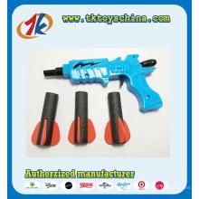 Arma plástica das crianças com o brinquedo macio da bala de EVA