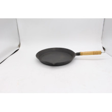 Pre-seasond cast iron skillet with wood handle