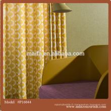 Impression de porte en feutrine de couleur rouge pour l'ameublement de rideau