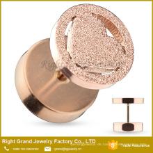 Rose Gold Plated Edelstahl Hohl Herz sandgestrahlt Frost Fake Plug Piercing
