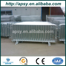2.1m x 1.1m metal frame temporary barriers for crowd control