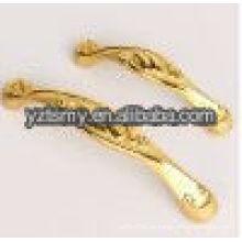 tiradores clásicos con pintura oro