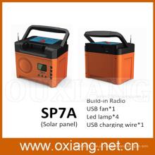Geração solar da CC dos sistemas de iluminação da casa da energia solar com painel solar e rádio