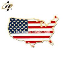 Los artículos a granel personalizan el metal dorado United States Shape Flag Solapel Pin