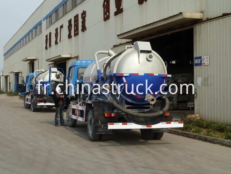 8000 liters vacuum suction truck