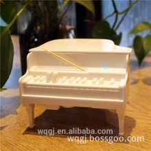 High Quality Fashion Table Piano Shape Plastic Toothpick Case Box Home Living Toothpick Holder Box