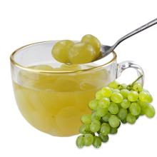 Natürliche Litschi-Frucht in hellem Sirup in Dosenfrüchten