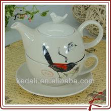 Potenciômetro cerâmico personalizado do chá para um com projeto do pássaro