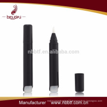 Nail polish pen with brush applicator