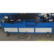 Pneumatische Rohrnahtverriegelungsmaschine