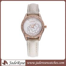 Fashion Alloy Watch Women′ Watch High Quality Quartz Watch