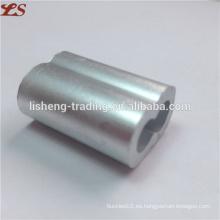 Aluminio en forma de 8