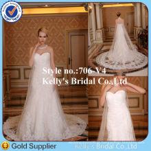 Com um vestido de noiva de alibaba de encaixes / cauda destacável de renda longa