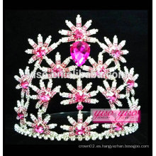 El último modelo coloreó la corona de la joyería del pelo de la flor de la manera