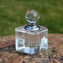 Bouteille de parfum simple en cristal transparent coupé à la main en verre à facettes
