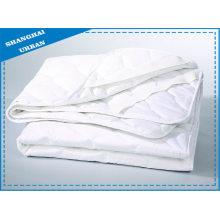 Hotel Bedding Premier Polyester Mattress Protector