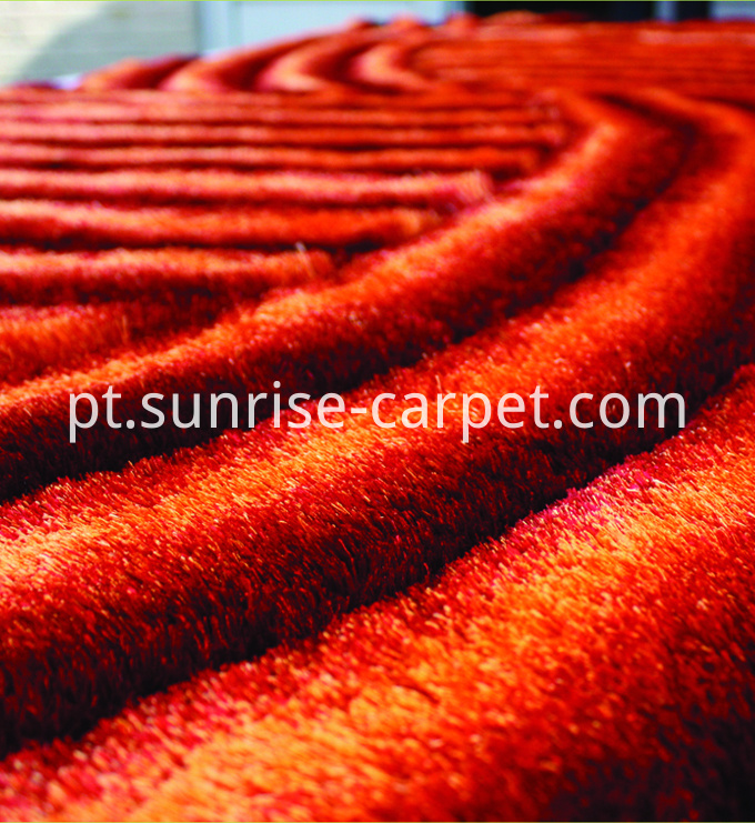 Viscose Shaggy rug with 3D design
