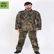 Uniforme de combate del uniforme del ejército del camuflaje del arbolado