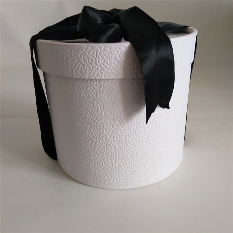 Eco Friendly Packaging Round Cardboard Box With Ribbon