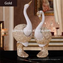 Vente en gros de résine décorative Swan Couples Statue en cygne en argent étincelante