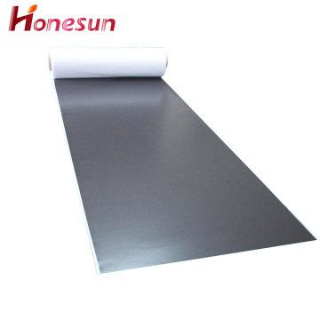 Flexibler Gummi-Magnetbogen mit weißem PVC-Druck