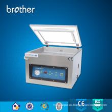 Hermano semiautomático de mesa de sellado de la máquina, máquina automática de envasado de alimentos, sello al vacío