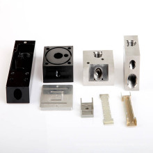 CNC-Bearbeitung mit verschiedenen Arten