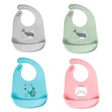 Los baberos de silicona para bebés se limpian fácilmente con un paño