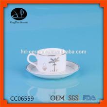 Copo de chá e pires em massa, SGS / LFGB / FDA certificação chá copo e pires, copo por atacado e pires com aro de prata
