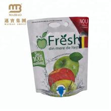 L'emballage liquide adapté aux besoins du client de boisson de plastique de papier d'aluminium tient le sac de jus de fruit du bec 5L avec le robinet