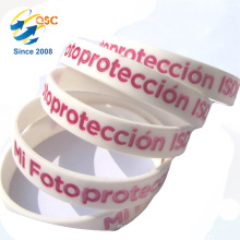 2017 glowing wristbands customized glow in the dark silicone wristband
