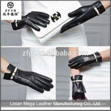 Hochwertige preiswerte kundenspezifische Art und Weise 100% echte China-Wolle-Leder-Handschuhe