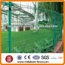 Green coated Double Circle garden fence