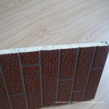 Tijolo de isolamento térmico que olha o painel de parede exterior (casas de campo usadas)