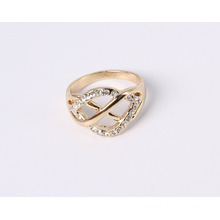 Fashion Designe Jewelry Ring with Rhinestones