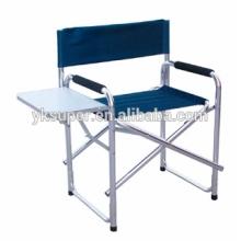 Режиссерский спортивный стул с боковым столом и боковыми карманами