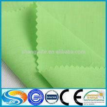Tissu en tissu tissé blanc ou teint à chaud