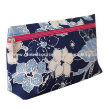 2014 vintage style nylon cosmetic bag, big patterns and chequer, navy and red