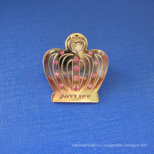 Корона форме лацканевые латунные значок с алмазом (GZHY-LP-031)