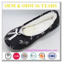Nuevas importaciones interiores del zapato del invierno del diseño para las mujeres