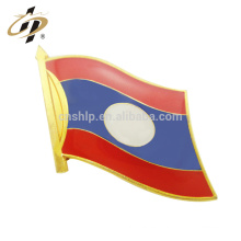 Venta al por mayor Custom Hard Enamel Laos flag Metal solapel pin All The World
