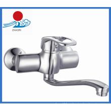 Grifo de agua de latón mezclador de cocina de pared (zr21703)