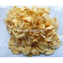 Flocos de alho chinês com raiz