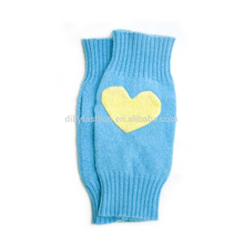 wholesale cashmere heart intarsia knit mittens for girls