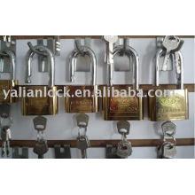 Golden-plated round corner leaf blade padlock