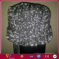 briller dans le fil à tricoter sombre coudre sur des chapeaux et des chaussettes